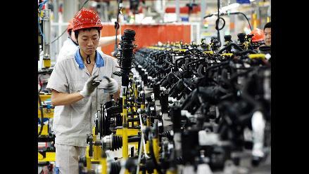 Datos comerciales de China alivian temor a desaceleración