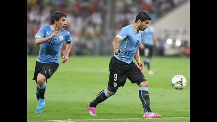 Uruguay golea 3-0 a Omán en amistoso con un ´doblete´ de Luis Suárez