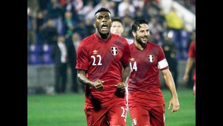 Perú derrotó 1-0 a Guatemala en discreto partido de Pizarro en Matute