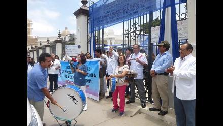 Chincha: técnicos del sector Salud acatan paro de 48 horas