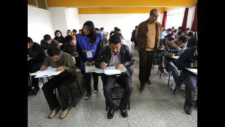 Casi 49 mil maestros concursarán por 21 mil plazas para directores