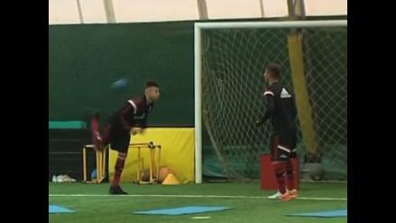Stephan El Shaarawy y Hachim Mastour muestran su clase en freestyle
