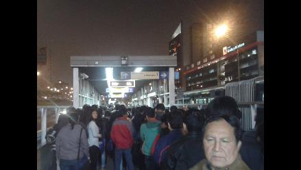 Accidente provocó congestión en estaciones del metropolitano