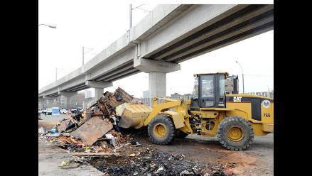 PNP continúa recuperación pacífica de avenida Aviación