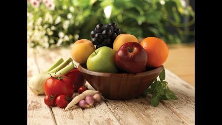 Comer fruta y verdura cada día ayuda a ser más feliz