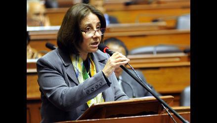 Midori de Habich responde pliego de interpelación en el Congreso