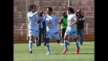 Real Garcilaso goleó 3-0 a UTC y complica con descenso a los cajamarquinos