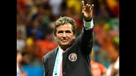Costa Rica extraña a Jorge Luis Pinto como entrenador, revela encuesta