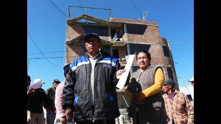 Huancayo: pobladores protestan en foro de telecomunicaciones