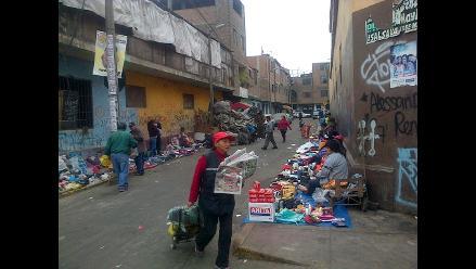 La Victoria: ´Cachineros´ de Aviación invaden calles de Manzanilla