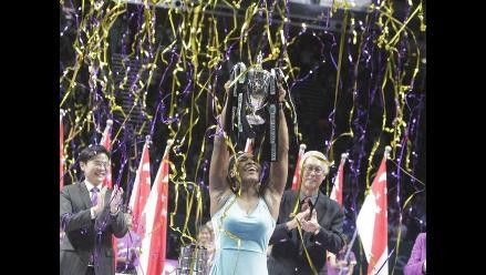 Serena Williams venció a Simona Halep y ganó el Masters de Singapur