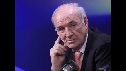 García Belaunde: Piñera ha dejado una mala herencia a Michelle Bachelet