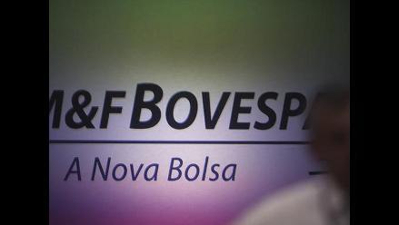 Bolsa de Brasil cayó tras reelección de Dilma Rousseff