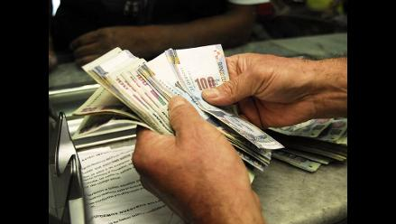 Huamachuco: mujer estafa a comerciantes con billetes falsos