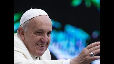 Papa urge a comunidad internacional a trabajar para erradicar el ébola