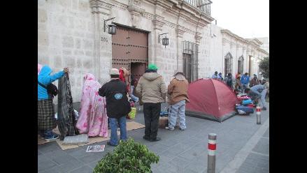 Arequipa: alcalde en huelga de hambre fue trasladado a EsSalud
