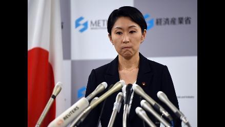 Fiscalía registra oficinas de la dimitida ministra de Economía de Japón
