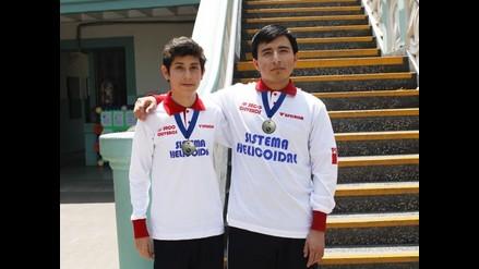 Escolares peruanos campeones en torneo de física en Paraguay