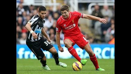 Liverpool sufre con sequía goleadora y pierde 1-0 ante Newcastle