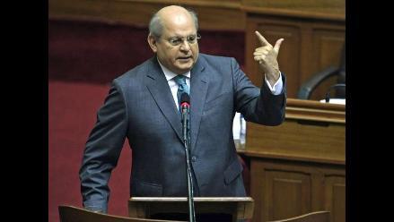 Congreso invita al ministro de Defensa por compra de satélite a Francia