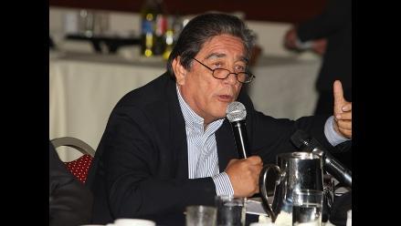Luis Thais: Mientras no se resuelva, Caso Ecoteva podría entorpecer campaña