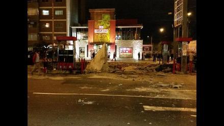 Reportan una explosión en un grifo de la Av. Javier Prado, Magdalena