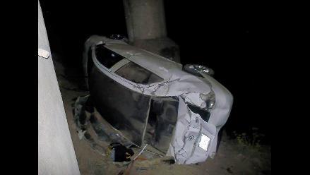 La Oroya: cinco heridos en despiste y vuelco vehicular