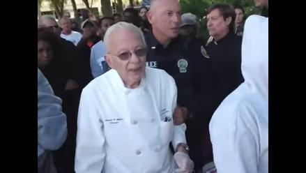 EEUU: Hombre de 90 años fue arrestado por alimentar a los pobres