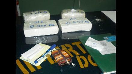 La Oroya: policía incauta 16 kilos de PBC en bus interprovincial