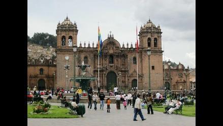 Cusco: artesanos ofrecen productos genuinos en Plaza de Armas