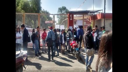 Arequipa: Trabajadores de la UNSA toman locales