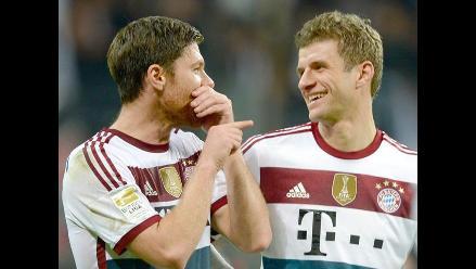 Sin Claudio Pizarro: Bayern Munich goleó 4-0 a Eintracht Frankfurt
