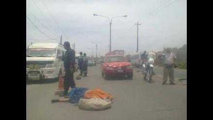 Arequipa: mujer muere atropellada en la Variante de Uchumayo