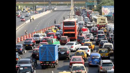AAP: Se derrocha S/.13 mil millones al año por tráfico en Lima