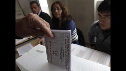 Onpe detecta aportantes de partidos en programas sociales y con deudas