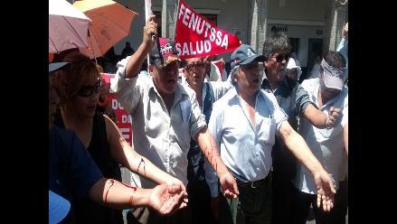 Arequipa: trabajadores de Salud dan tregua de 48 horas