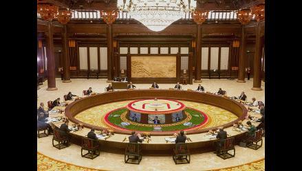 Cumbre APEC acuerda iniciar proceso para un área de libre comercio