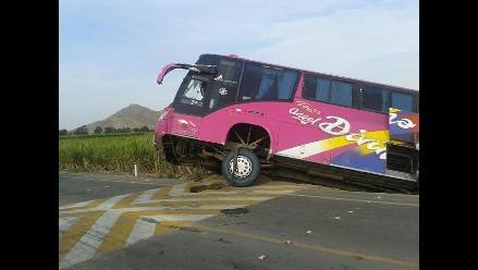 Chiclayo: 22 heridos tras despiste de bus interprovincial