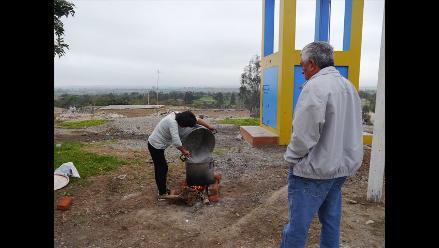 Huaura: padres denuncian pésimas condiciones para preparar desayunos