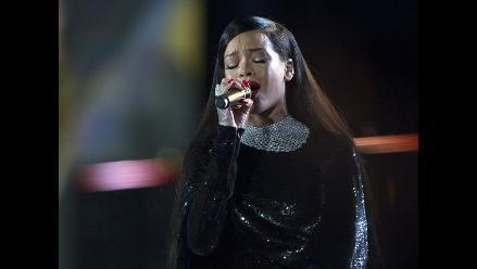 Metallica y Rihanna sorprenden con concierto en Washington