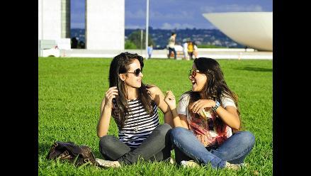 Cinco reglas que te convertirán en la amiga perfecta para ella
