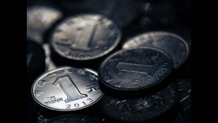 Préstamos bancarios en China caen con fuerza en octubre