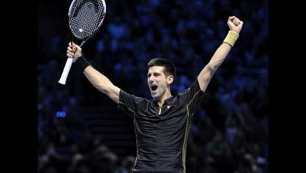 Djokovic asegura el número 1 y pasa a semifinales del Masters de Londres