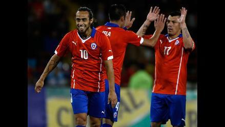 Chile goleó 5-0 a Venezuela en regreso de Jorge Valdivia a la