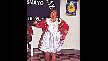 Delia Carrera y sus ´Nenas´ de cabecitas blancas alegran Pacasmayo