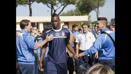 Balotelli abandona concentración de la selección italiana por lesión
