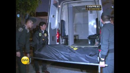 Hallan muerto a joven en el interior de un auto en Chaclacayo