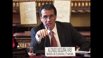 Ministro Segura defiende ley que afecta al ´drawback´