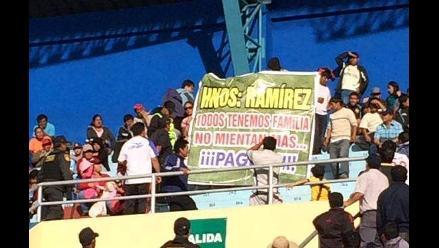 Cajamarca: con inusual protesta exigen pago para jugadores de UTC