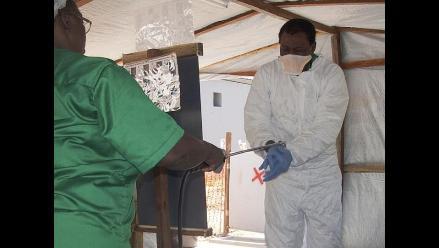 Ébola: Número de contagios supera los 15.000
